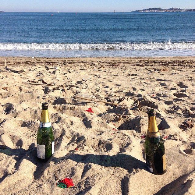 #newyear #2015 #travellingram #trip #ilmaredinverno #costaazzurra #cotedazur #viaggio #mare #sea #france #francia #newyearseve #capodanno #contoallarovescia #voyage #travel  #viaggio #celebration #coast #vacanza #instabest #nomadlife #champagne