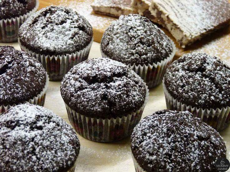 Θέλεις μια νόστιμη αλλά και νηστίσιμη συνταγή για cupcakes που να έχει σοκολατένια γεύση; Πανεύκολα νηστίσιμα cupcakes σοκολάτας που αξίζει να δοκιμάσετε!