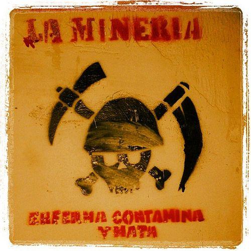 La Mineria enferma , contamina y mata #Mineria #openpitmining #Mining  Mineria a cielo abierto #minalacolosa @greenpeace_be @ANGLOGOLD ASHANTI COLOMBIA Queremos intacta nuestra estrella de agua y No ríos de cianuro y mercurio @ANGLOGOLD ASHANTI COLOMBIA #Minalacolosa la minería enferma, contamina y mata #NoAlaColosa