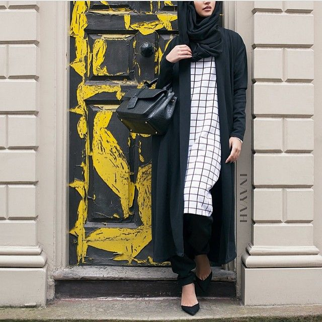 | Grid Print Midi Dress | Black Crossover Trousers |