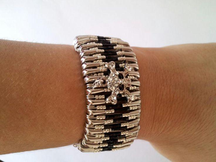 New safety pins bracelet #toobuku // www.thebukuproject.com