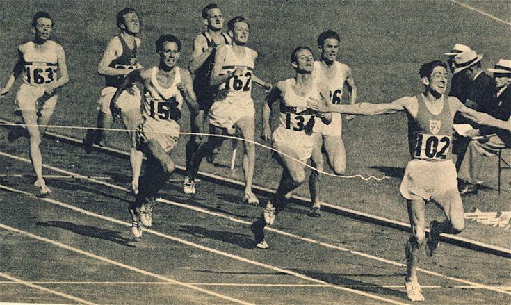 Ronnie Delaney ( Eire & Villanova ) wins 1956 Melbourne Olympics 1500m