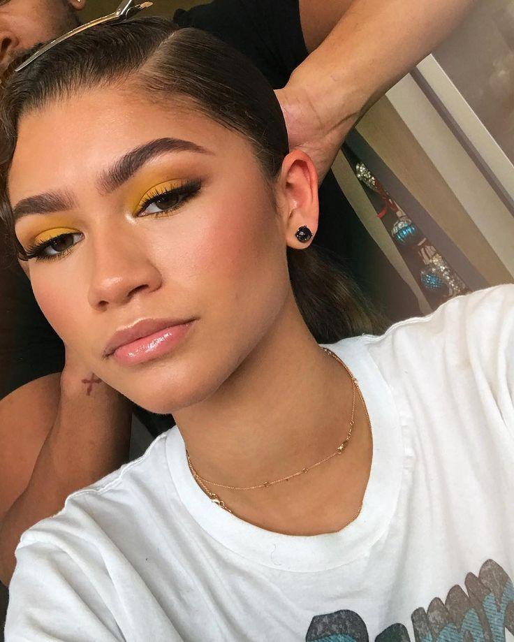"383.5k Likes, 3,651 Comments - Zendaya (@zendaya) on Instagram: ""Dear yellow eyeshadow...I think we make a good pair"""