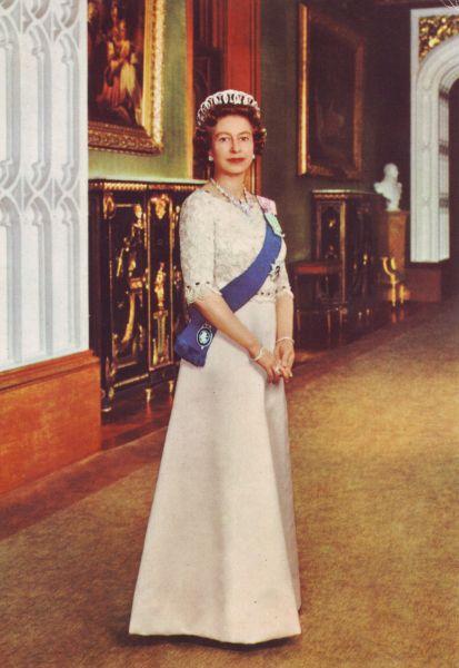 Her Majesty Queen Elizabeth Ii Wearing The Vladimir Tiara
