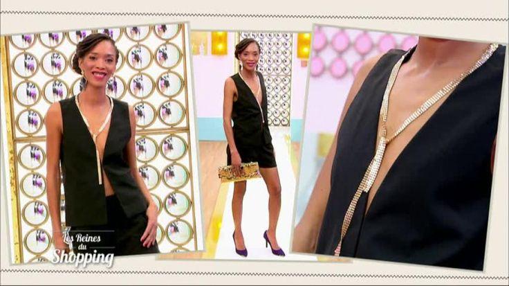 Aurore défile dans un mini-short noir, un gilet décolleté et des escarpins violets à bout doré. Cristina Cordula est complètement sous le charme et félicite son audace. Selon la styliste, la candidate est parfaitement dans le thème... Retrouvez Les reines du shopping sur M6.