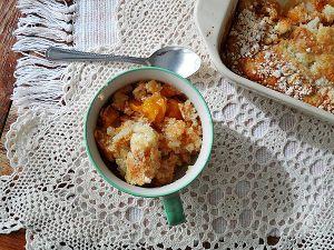 4-Ingredient Cake Mix Peach Cobbler