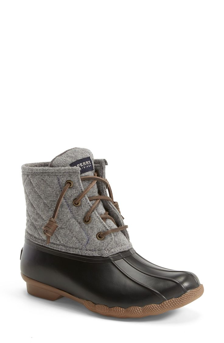 Remain in-style on rainy days with these Sperry weatherproof rain boots that'll be sure to provide warmth and comfort.