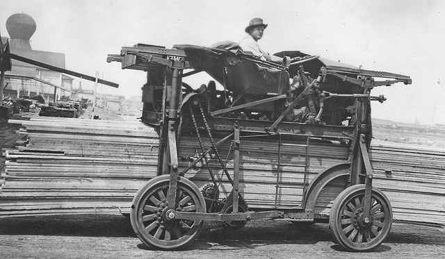 Miller Gas Lumber Carrier at the Booth Kelly Lumber Company, Springfield, Oregon 1922