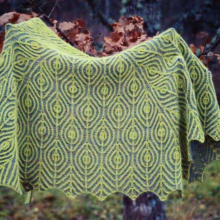 "461 Likes, 46 Comments - Raina Kruus (@happyknitsheep) on Instagram: ""My first brioche shawl i ready. Soon pattern too pure alpaca yarn. I fish you can tush this.…"""