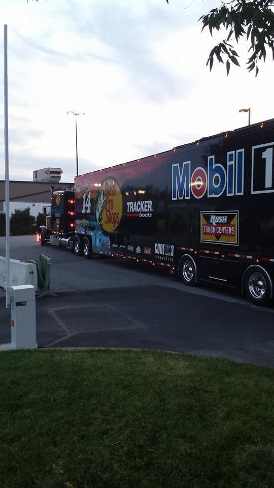 Stewart's hauler leaving the track #NASCAR pic.twitter.com/ulxdlWedye  9.28.14