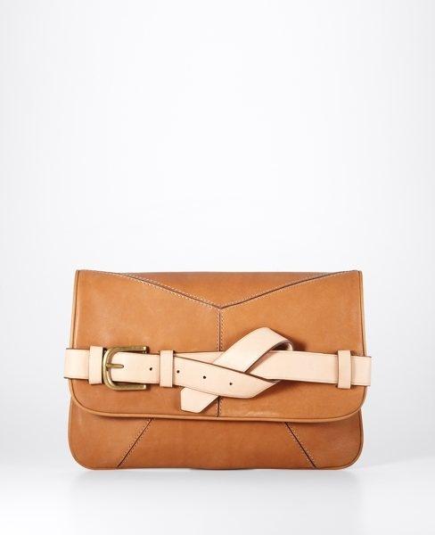 leather strap clutch ++ ann taylor: Fashion Shoes, Taylors Clutches, Straps Clutches, Shoes Fashion, Leather Straps, Girls Fashion, Clutches Bags, Girls Shoes, Anne Taylors