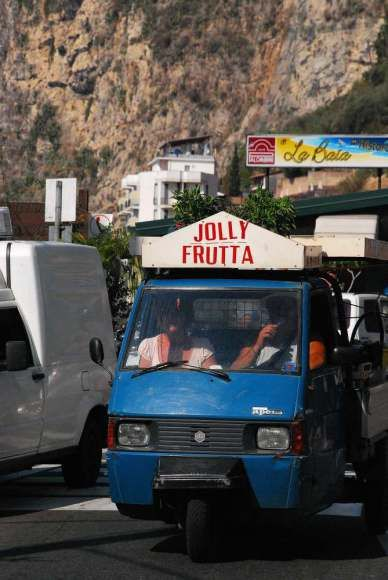 Taormina - vegetable shop