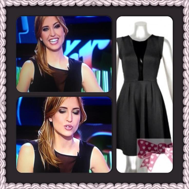 """La presentadora del programa de la Sexta Tv """"El intermedio"""" vestida al más puro estilo Barbarella"""