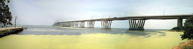 Panoramica del Puente sobre el Lago de Maracaibo - General Rafael Urdaneta Bridge -