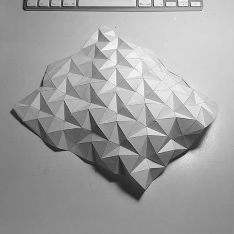 #folding #paper in the #style of #ronresch #lorbus