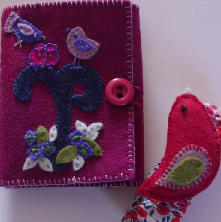 Jean's sewing wallet with the wrist pin cushion ...