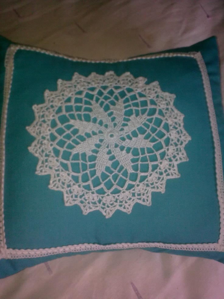I love doilies and this is only one of thousands ideas to update these adorable creations
