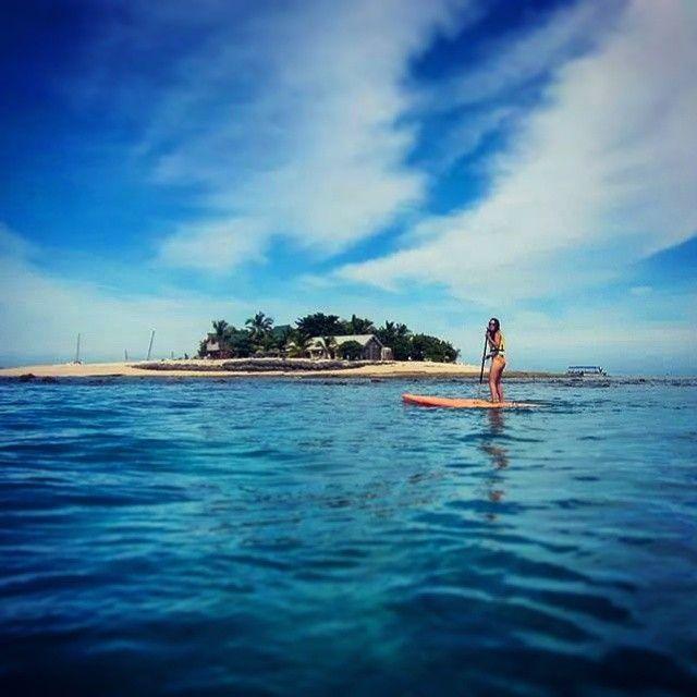 Malin in paradise, pt. II. #fiji #southseaisland #paddleboard