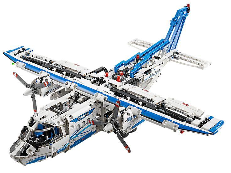 L´avion cargo  - marque : LEGO Construis l´avion cargo LEGO® Technic avec des gouvernes mobiles et des compartiments cargo, un train d´atterrissage et des hélices rotatives Power Functions.... prix : 119.99 EUR €  chez Lego #LEGO #Lego