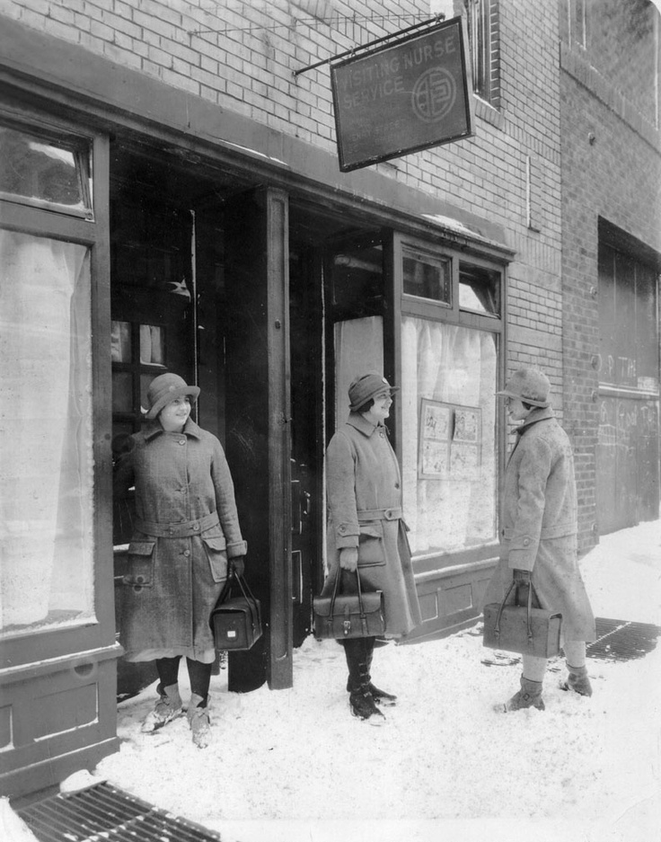 1920s Visiting Nurse Service of New York nurses in the snow.