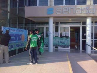 Paro en Funbapa: ATE ocupa oficinas del Senasa en General Roca, Rio Negro