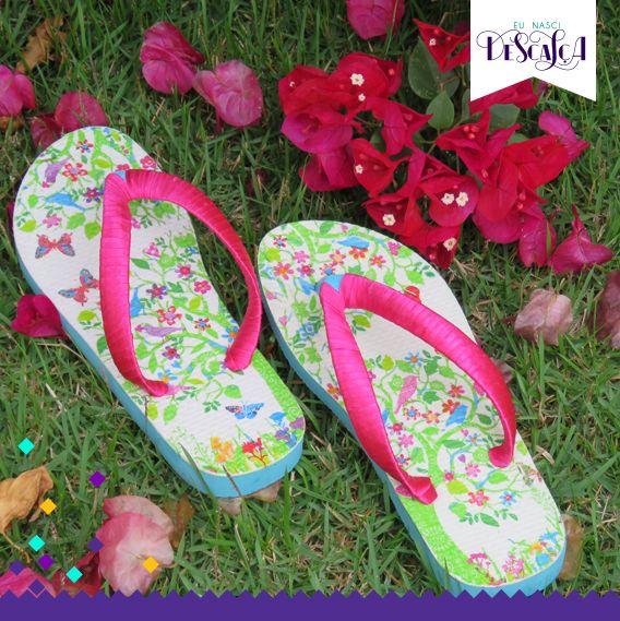 Modelo Primavera- Sola Primaveril com alça rosada.  Valor: R$: 45,00  Contatos: (11) 96192-6881 (11) 98404-7221 Facebook- Eu nasci descalça