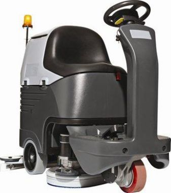 Cleanline BR652/BR752  is a powerful cleaning machine. This new unique scrubber dryer gives you fast, consistent and safe cleaning. We recommend this powerful cleaning machine, especially for the production area. It cleans the floor fast and clear without interrupting production.