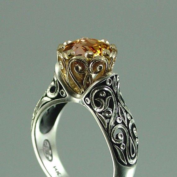 Just love vintage rings....