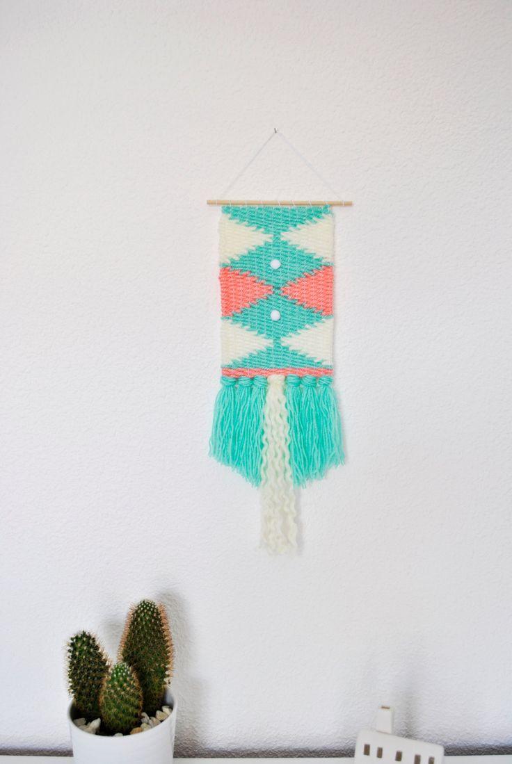 Woven Wall Hanging - Mint/Salmon/White - Small de LaSogaStudio en Etsy