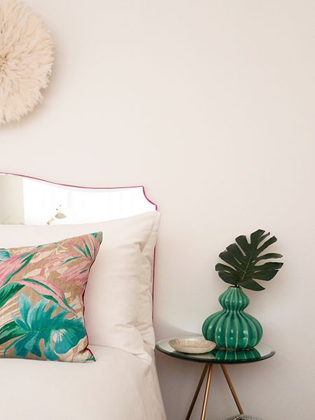 Best 25 Mirror Headboard Ideas On Pinterest Glam