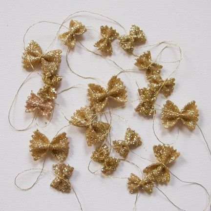 1000 images about bow tie pasta crafts on pinterest for Guirlande decoration interieur