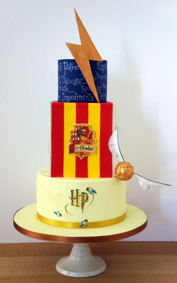 125 best Cakes Harry Potter images on Pinterest Harry potter