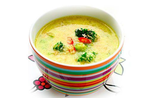 Supa crema de broccoli de la 10 luni