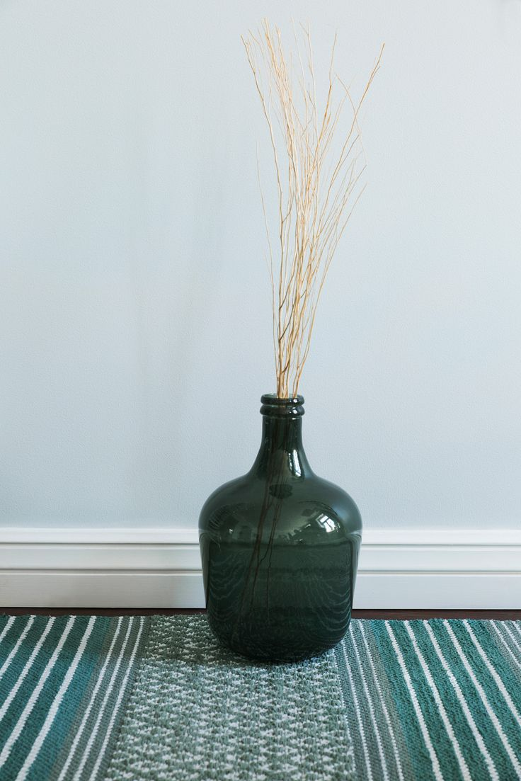 ANKI Rugs design LINNA. Photography by Vanessa Forsten.