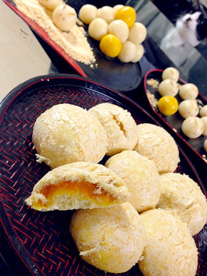 JURI's dish photo かぼちゃ餡の蒸し饅頭 | http://snapdish.co #SnapDish #お月見グランプリ2014 #和菓子 #おやつ #お月見