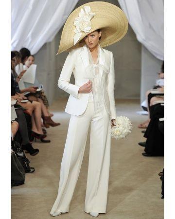 Blazer branco com calça para as mais vanguardistas