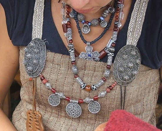 Reconstruction of viking jewelry