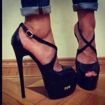 1000  ideas about Super High Heels on Pinterest  Extreme high