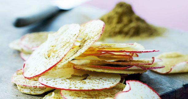Æblechips med kanel og vanilje smager vidunderligt. Her får du Mette Blomsterbergs opskrift. God fornøjelse!