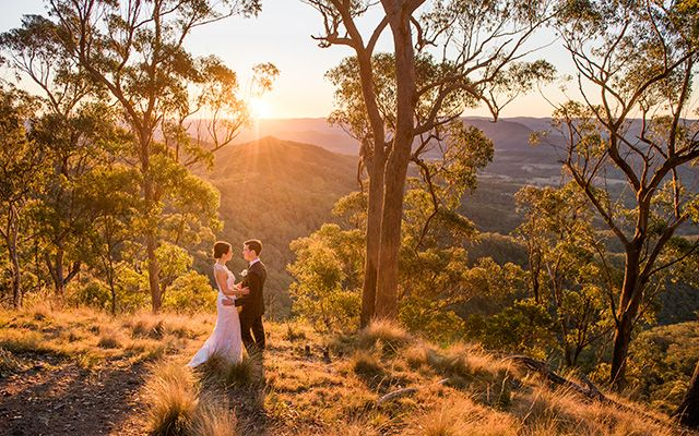 Romantic Country Wedding: Spicers Peak Lodge