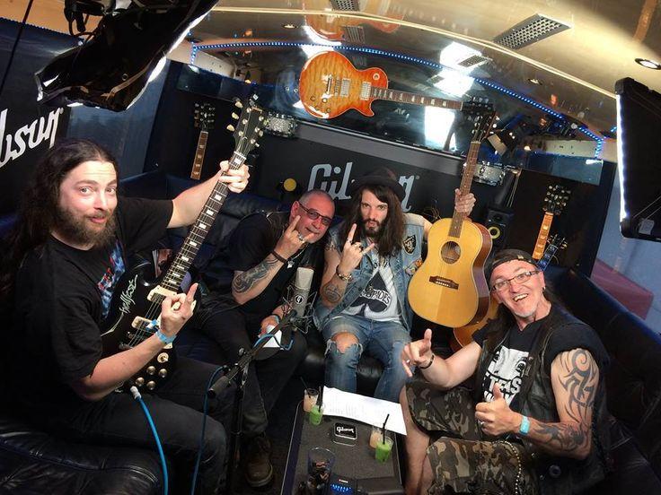Adx France au Hellfest Open Air Festival 2016 sur le stand Gibson pour une petite reprise de Motörhead (Ace Of Spades) ! https://www.facebook.com/phil.emall.9/videos/vb.100001516602547/1092008757526334/?type=2  Non Serviam, le nouvel album du groupe est rentré n°4 des ventes Metal / 159 ème des charts nationaux.