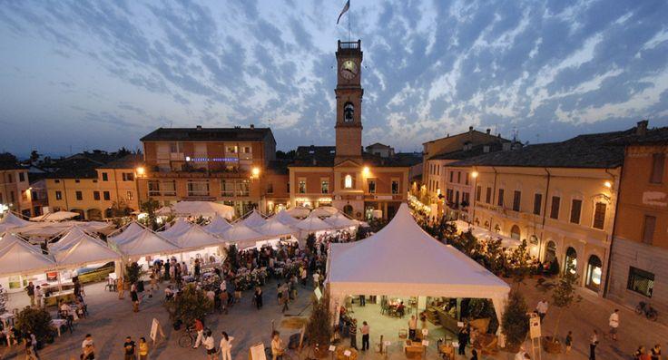 Forlimpopoli. Festa Artusiana, dedicata a Pellegrino Artusi.