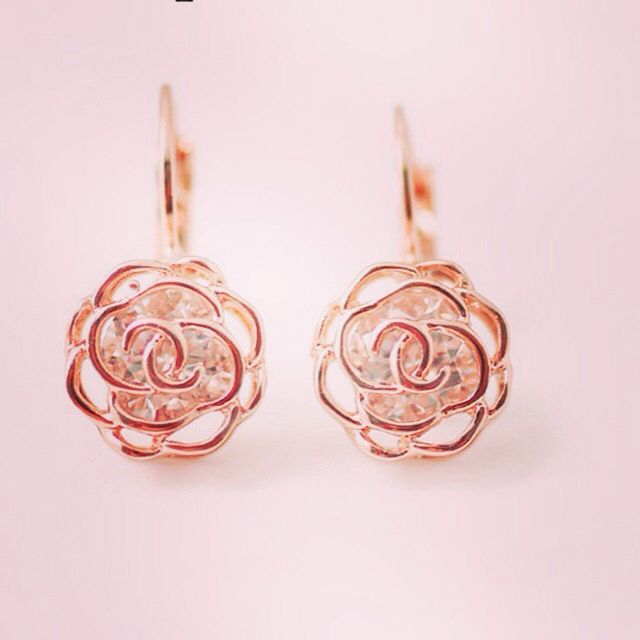 Rose crystal earrings. www.arcussi.com.au/earrings