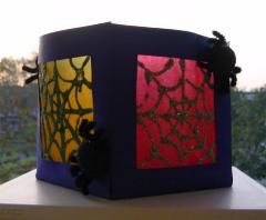 Lampion: Spinnenweb