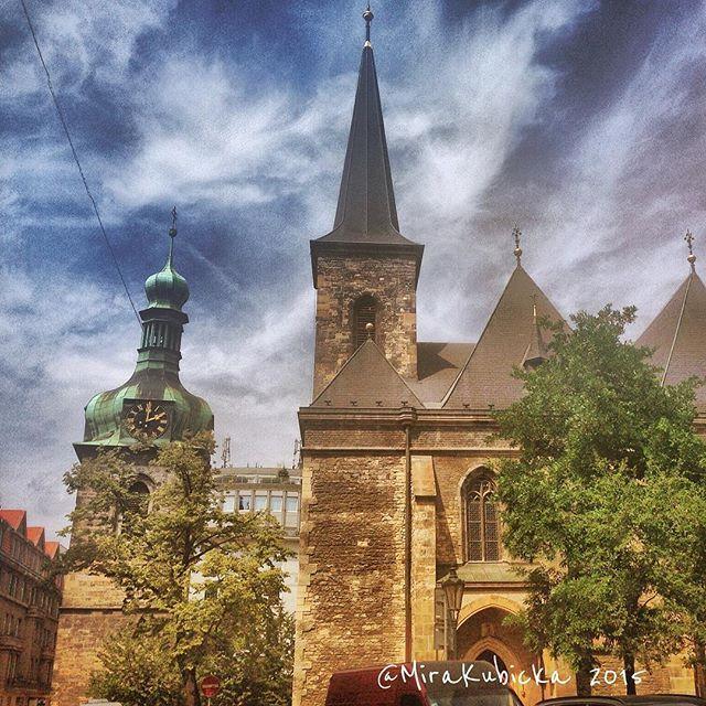 Praha #praha #prague #iprague #church #castle #street #history #heritage #abandoned #art #architecture #design #cz #czech #czechia #czechrepublic #česko #české #českárepublika #czechdesign #czdsgn #DiscoverCZ #city #summer #sun #outdoor #oldtown