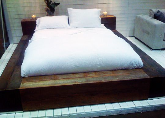 reclaimed wood platform bed 1000 images about reclaimed wood bed on 30159