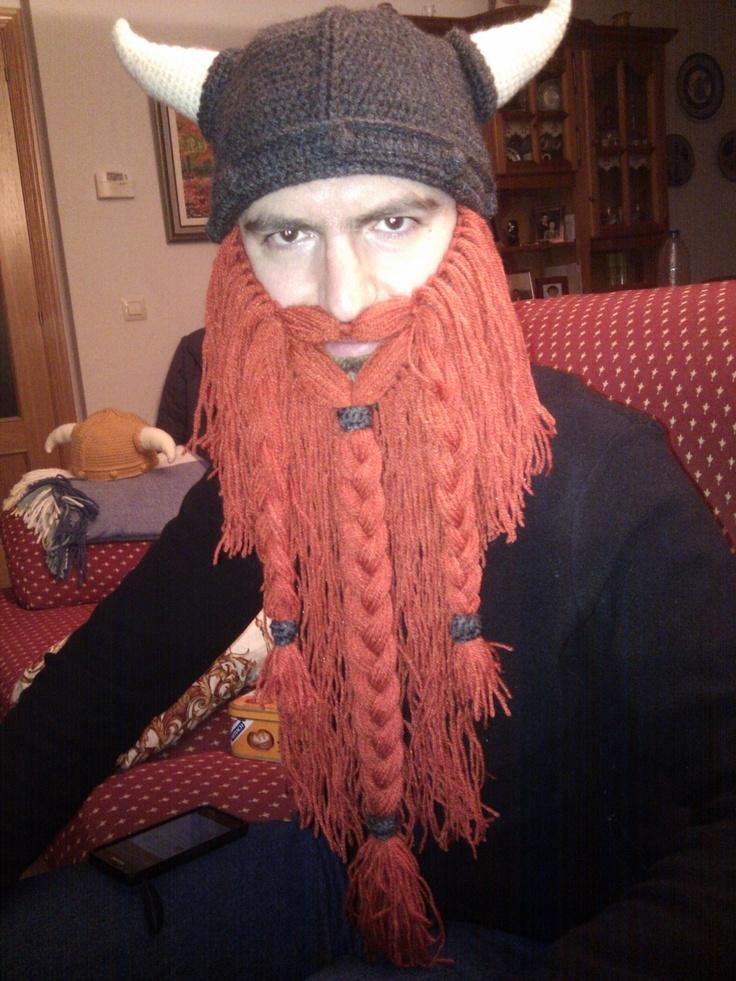Gorro y barba vikingos realizados a ganchillo (crochet) Patrón barba en http/