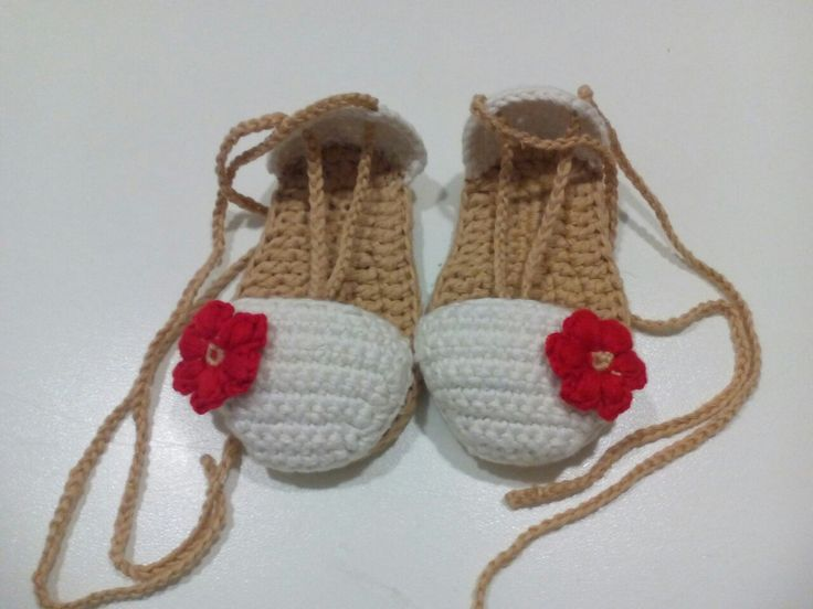 Alpargatas bebe a crochet