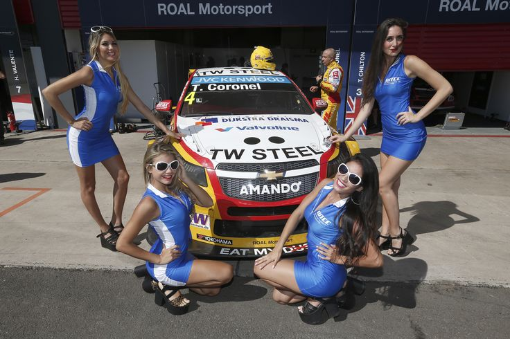 We love our campain girls :) #WTCC