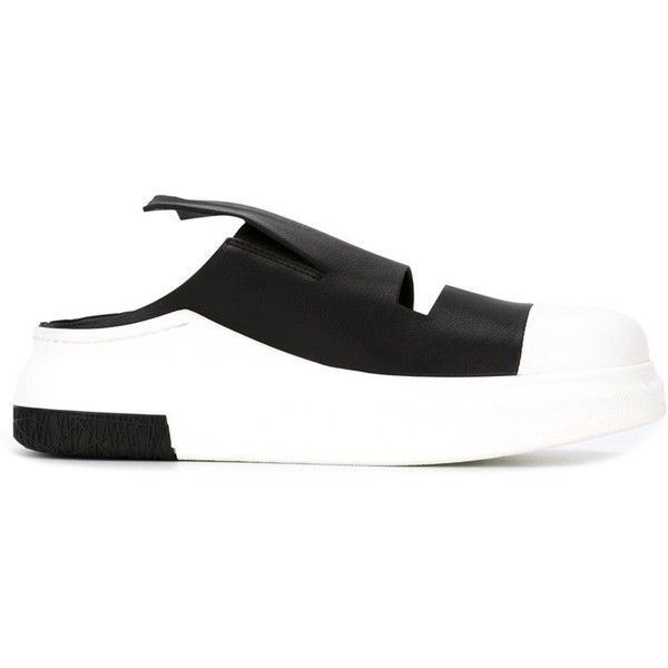 Cinzia Araia Colour Block Sneakers (555 AUD) ❤ liked on Polyvore featuring shoes, sneakers, black, leather trainers, leather sneakers, round toe shoes, rubber sole shoes and round cap